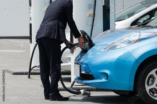 電気自動車の充電