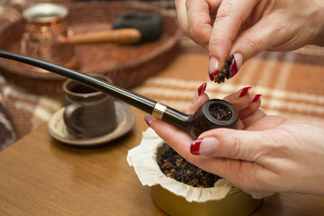 Laid tobacco smoking pipe