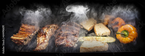 Foto op Canvas Vlees Barbecue with meat and vegetables