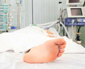 Foot of the patient, bream in the hospital