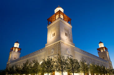 King Hussein Bin Talal mosque in Amman (at night), Jordan