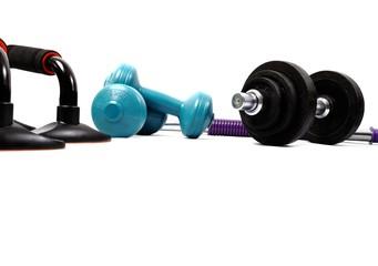 Heimtraining mit leichten Fitnessgeräten