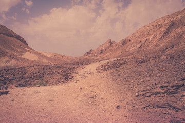 The road to Ammonite Wall