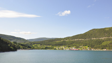 Laerdalsfjord, Laerdal, Kaupanger, Bucht, Sommer, Norwegen