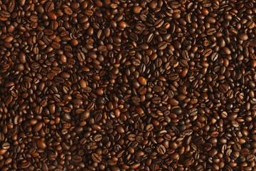kaffeebohnen geröstet, vollflächig aufgelegt, hintergrund