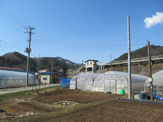 農村と無人駅