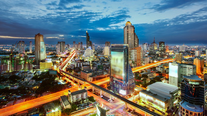 Bangkok Cityscape at twilight, The traffic in the city