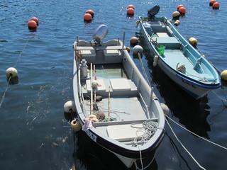 漁港のボート
