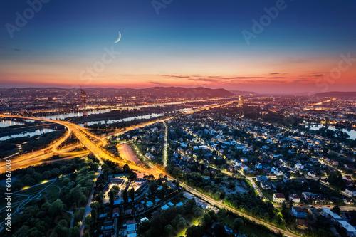Póster Viena horizonte por la noche, Austria
