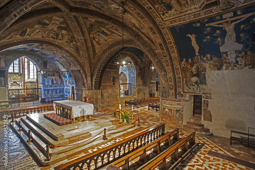 canvas print picture Unterkirche in San Francesco in Assisi