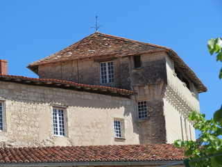 Charente - Aubeterre-sur-Dronne - Tour du Château