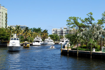 Boats on canal – Fort Lauderdale