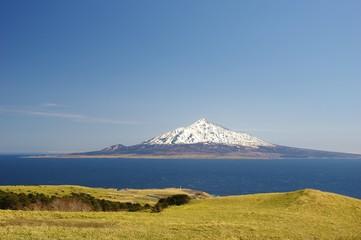 ISLAND snow capped Rishiri isl. 礼文から利尻島