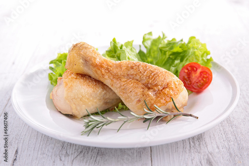 grilled chicken leg and salad
