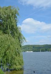 der Baldeneysee in Essen,beliebtes Ausflugsziel im Ruhrgebiet