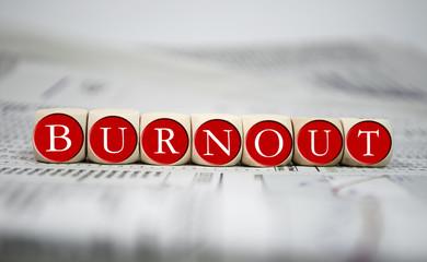 Würfel in Rot mit Burnout