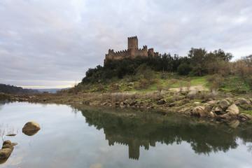 Castelo de Almourol no Rio Tejo