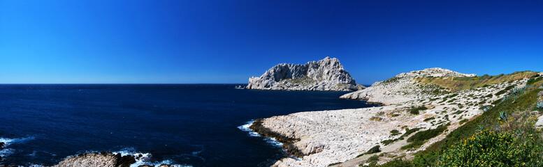 Ile Maire et Calanques de Marseille