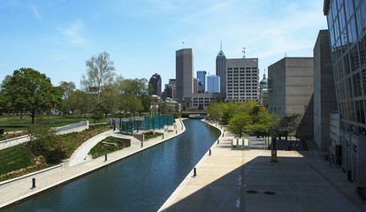 water canal in downtown Indianapolis