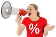 Frau im SALE-Shirt brüllt in Megaphon