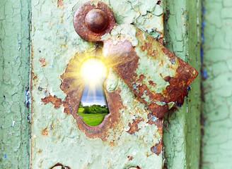 Keyhole nature concept