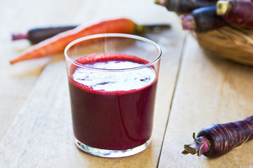 Purple Carrot extract juice by fresh Carrots
