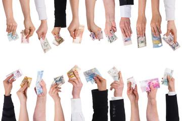 Konzept crowdfunding oder crowdsourcing mit vielen Händen und W