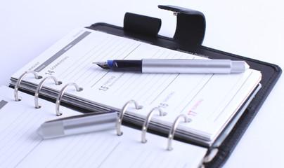Terminplaner mit Füller