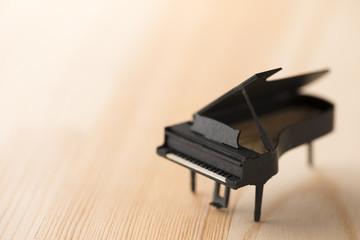 ミニチュアのピアノ