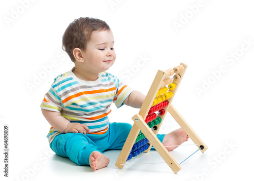 baby playing with abacus - 64698009