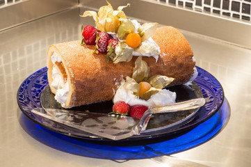 roll ice cream cake