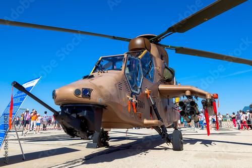 Leinwanddruck Bild Eurocopter EC-665 Tiger