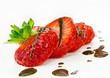 Leckerer Sommer-Genuss: Frische Erdbeeren und Schokolade