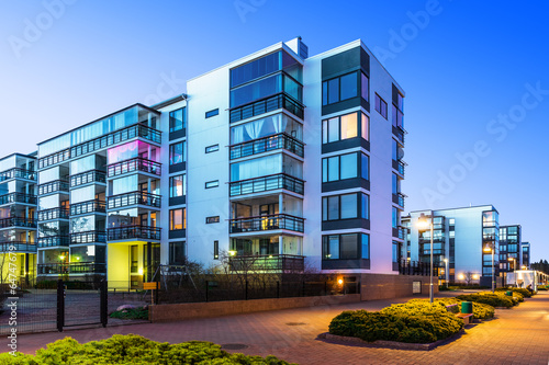 canvas print picture Modern real estate