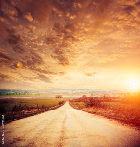 rural road to horizon - 64753608