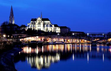 Abbaye d'Auxerre la nuit