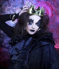 Mad queen.