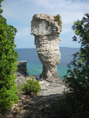 Rock formations at the coast, Flowerpot Island, Georgian Bay, To