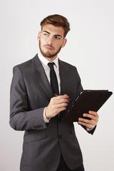 Hombre atractivo con Soporte Informático ,