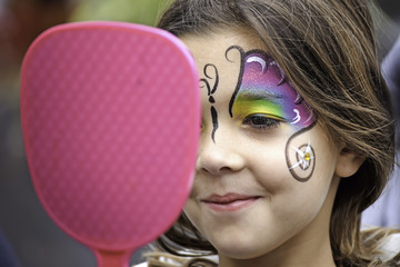 Face Painting Girl With Mirror