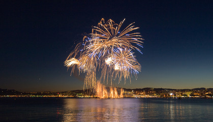 Feu d'artifice à Cannes