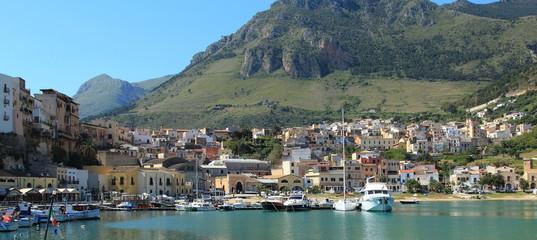 Il paese di Castellammare del golfo