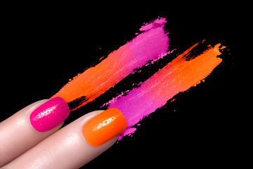 Fluor Nail Polish and Mineral Colorful Eye Shadow