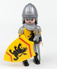 Chevalier bouclier jaune