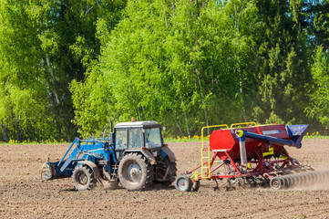 tractor. agrimotor
