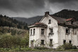 Creepy old house - 64809656