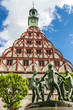 Gewandhaus Zwickau mit Brunnen
