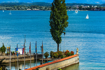 Hafen  der  Blumeninsel Mainau