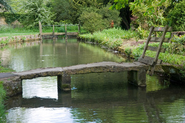 Stone bridge in Cotswold