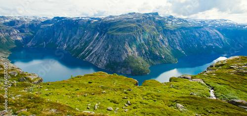 Staande foto Scandinavië Norway Mountain Vibrant Landscape Trolltunga Odda Fjord Norge Hi